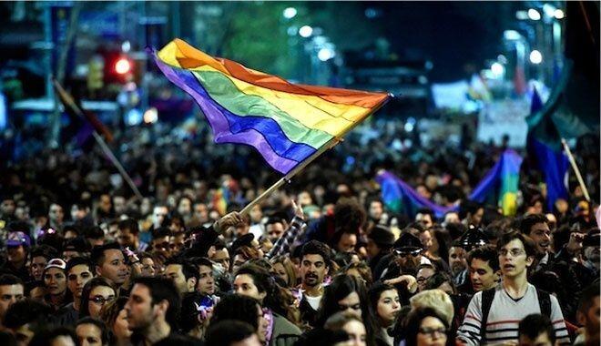 Que fácil! Hacer amigos y Gay en Montevideo