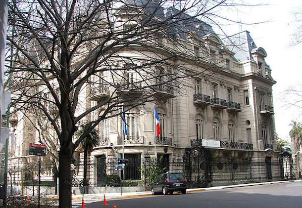 The French Embassy in Buenos Aires, located on 9 de Julio Avenue
