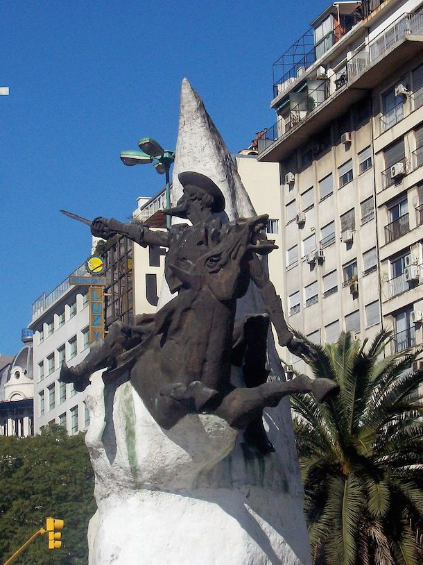The statue of Don Quijote on his horse