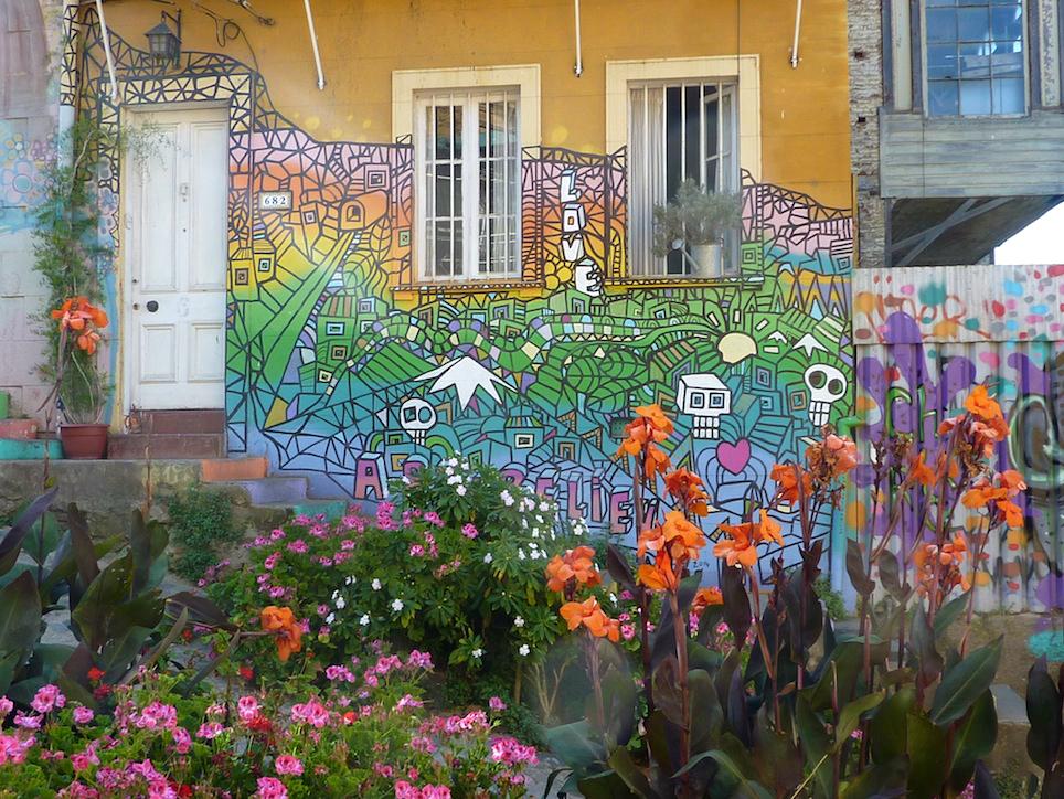 5 reasons to visit Valparaiso