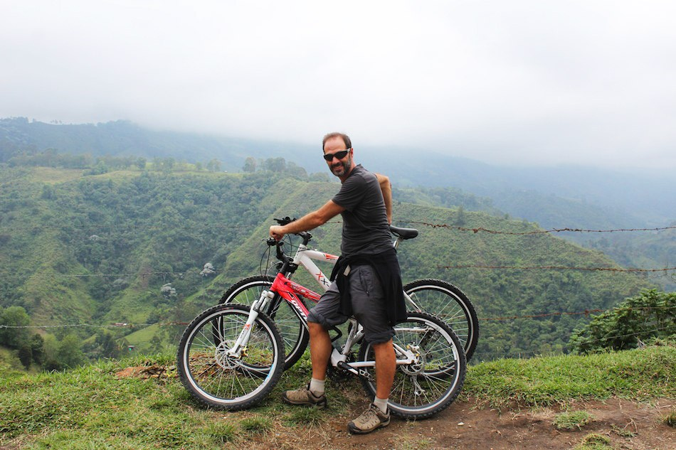 Bike tours during Bicycle day / Colombia4u