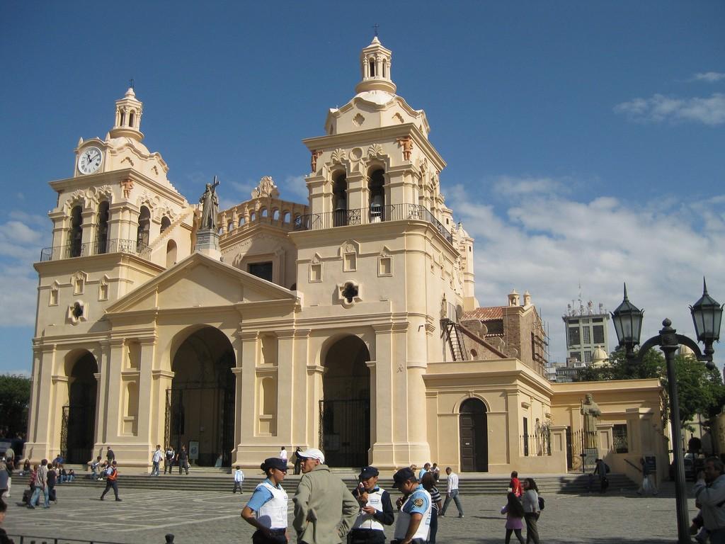 La Cathédrale de Córdoba sur la Place San Martin, incontournable d'une visite de Córdoba