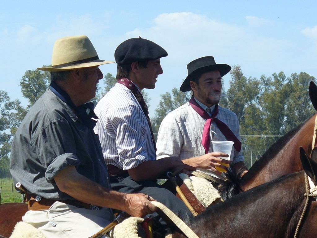 souvenirs d'argentine - artisanat - gauchos