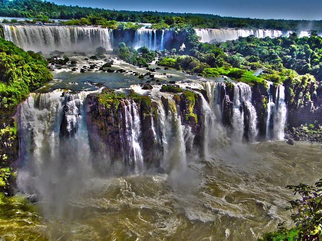 Argentine's side Iguazu Waterfalls - Argentina4u