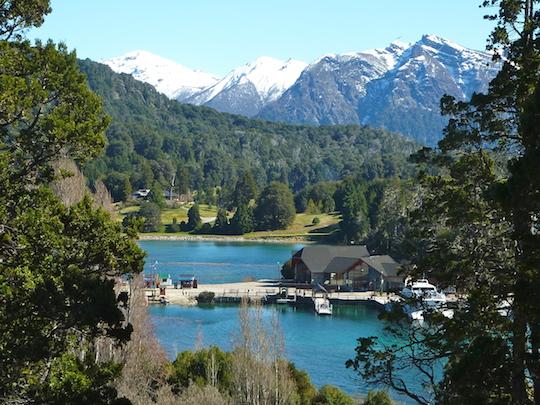 L'une des vues sur la route du Petit Circuit de Bariloche: Puerto Pañuelo / Argentina4u